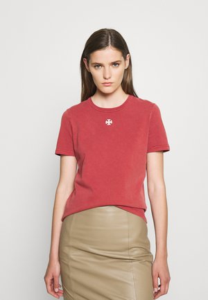 LOGO PATCH - Basic T-shirt - washed rustic red