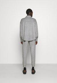 WEEKEND MaxMara - Button-down blouse - light grey - 2