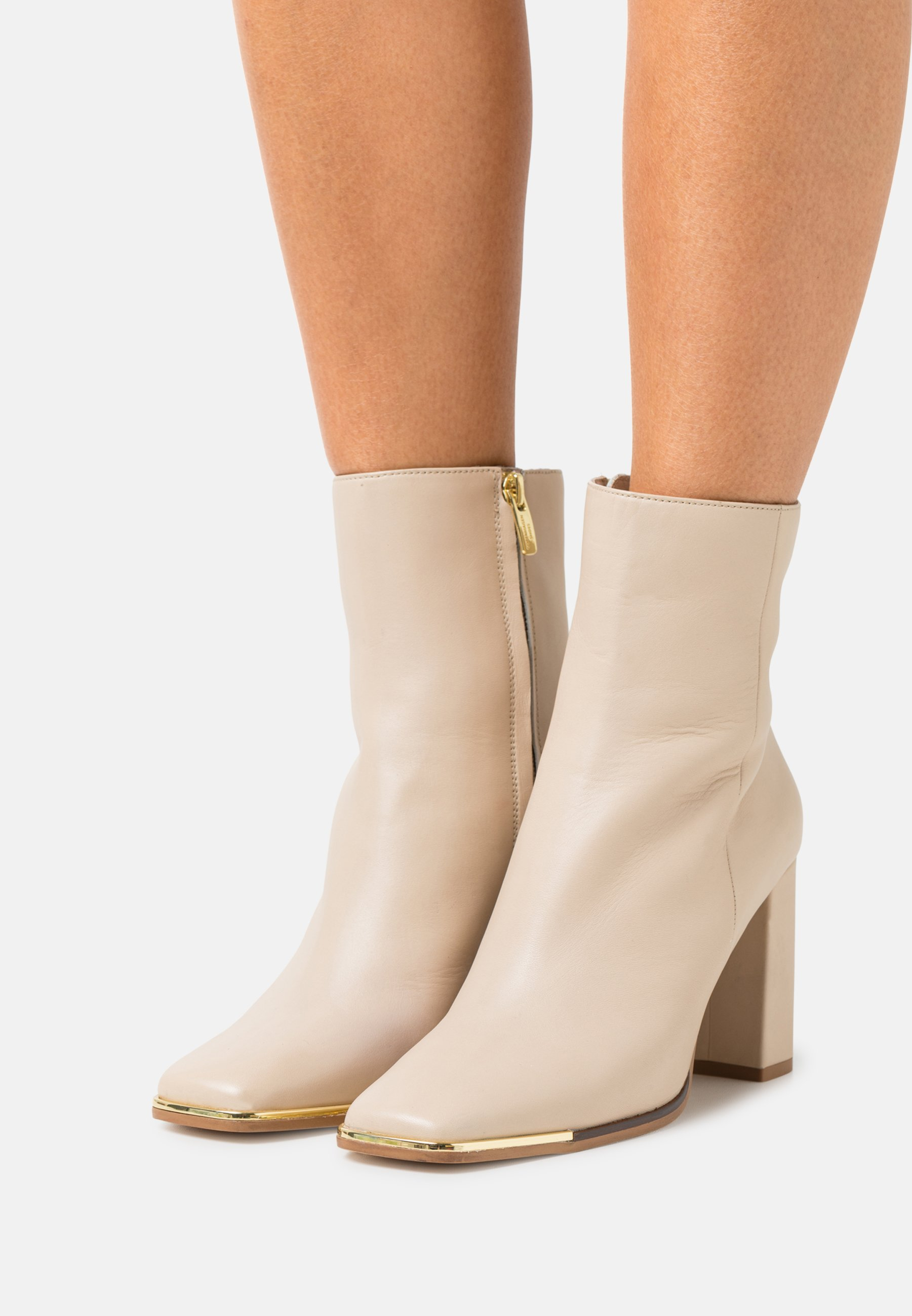 Women CITY - Classic ankle boots