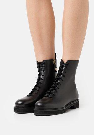 ALLIANCE SMOOTH SOLE LACE - Šněrovací kotníkové boty - black