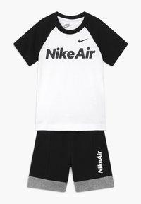 Nike Sportswear - AIR SET - Pantaloni sportivi - black - 0