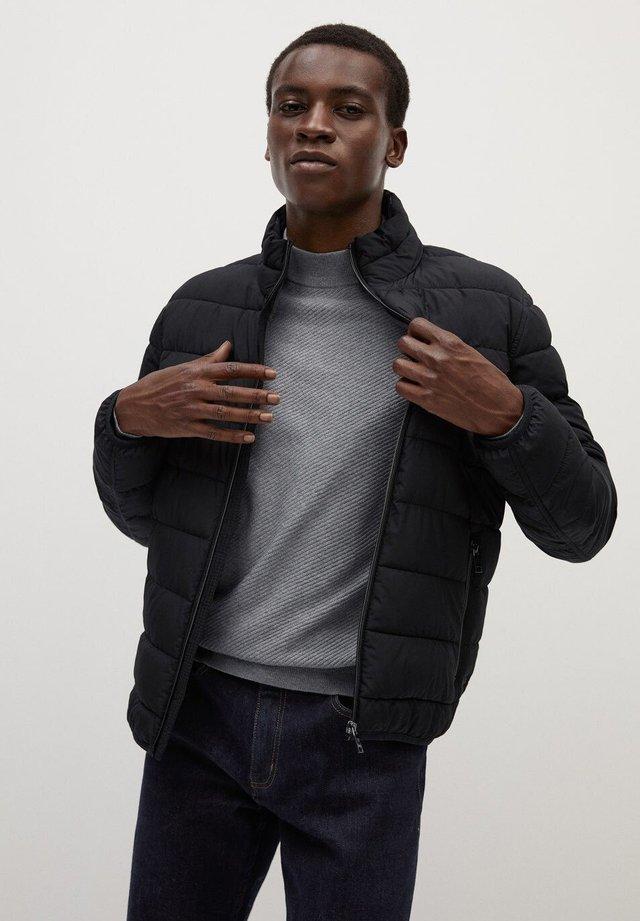 GORRY - Light jacket - černá