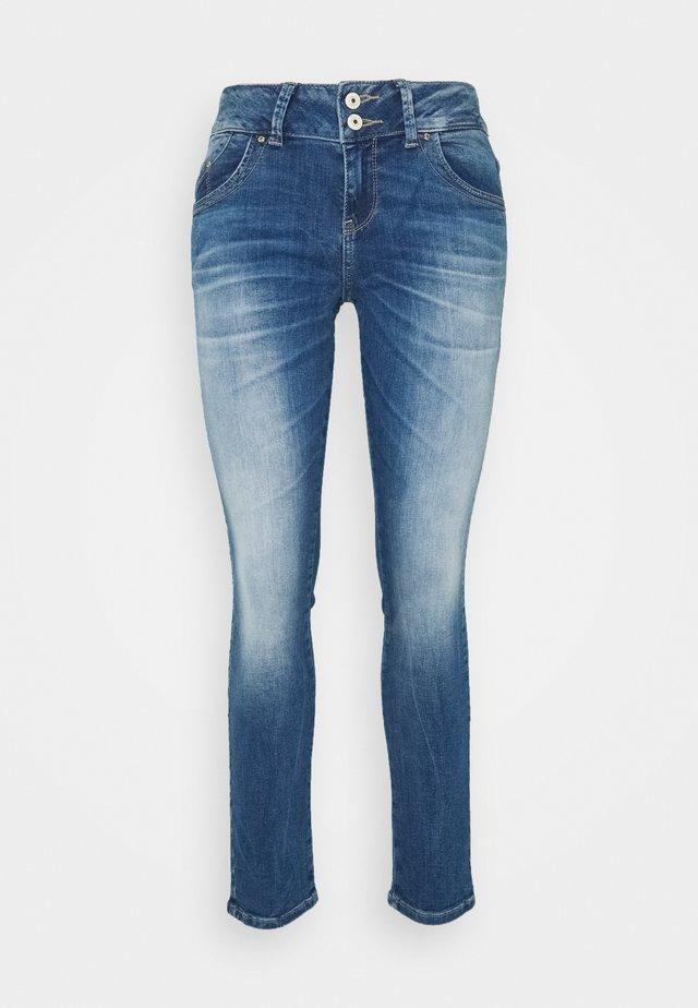 Jeans slim fit - lilliane wash