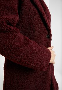 ONLY Tall - ONLALMA COAT - Abrigo - windsor wine - 5