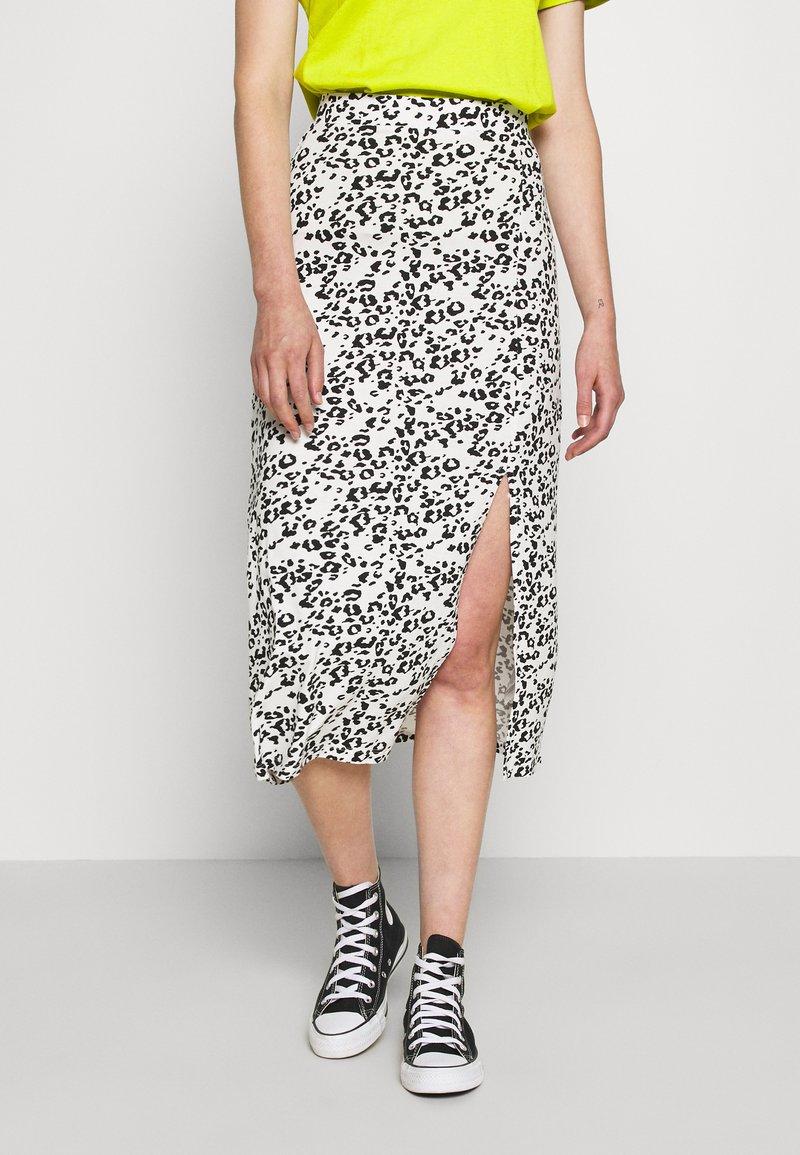 Even&Odd - Falda de tubo - white/black