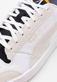 Puma - RALPH SAMPSON - Zapatillas - white/black/high risk red - 5