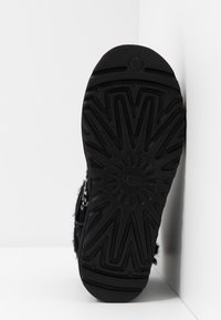 UGG - CLASSIC GALAXY BLING MINI - Ankle boots - black - 6