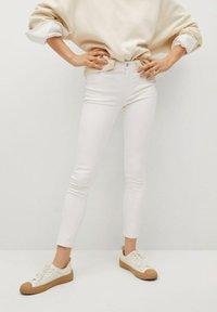 Mango - Jeansy Skinny Fit - white - 0