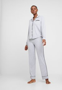 Esprit - KAIH SOLID SET - Pyjamas - medium grey - 1