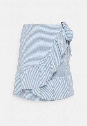 ONLCARLY BETTI LIFE WRAP STRIP SKIRT - Zavinovací sukně - cloud dancer/allure