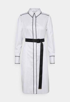 SHIRTDRESS CONTRAST DETAIL - Shirt dress - white
