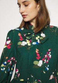 Ted Baker - ALINAA - Vestido informal - green - 5