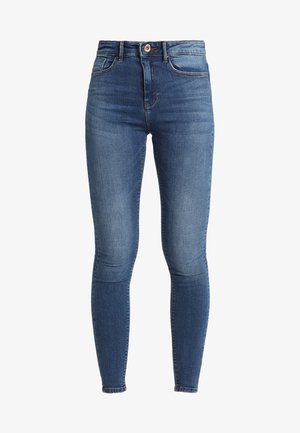 ONLPAOLA - Vaqueros pitillo - medium blue denim