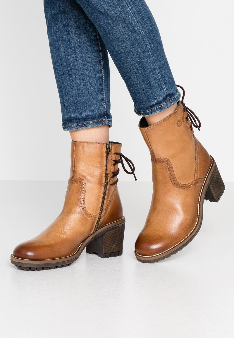 Anna Field - LEATHER BOOTIES - Classic ankle boots - cognac