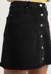 TWINTIP - Mini skirt - black denim - 4