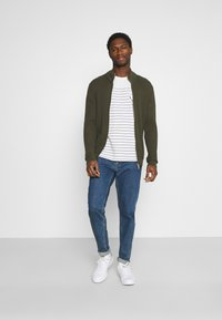 TOM TAILOR - PRINTED HARBOUR STRIPE - Print T-shirt - off white - 1