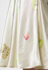CECILIE copenhagen - GYRITH - Pencil skirt - cream - 4