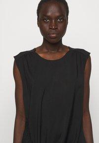 DESIGNERS REMIX - VALERIE SHOULDER DRESS - Day dress - black - 6