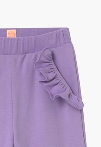 WAUW CAPOW by Bangbang Copenhagen - PANCY FANCY - Tracksuit bottoms - purple - 3