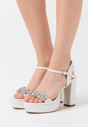LEANDRA - High heeled sandals - white