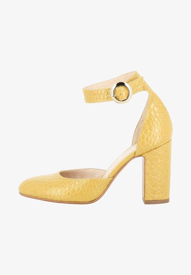 NICOLINA - Zapatos altos - ochre