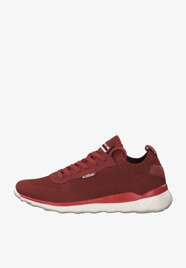 LEVANTO - Trainers - red