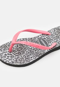 Havaianas - SLIM LEOPARD - T-bar sandals - black - 5