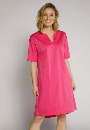Korte jurk - kräftiges pink