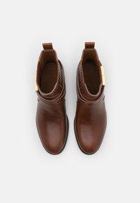 Tory Burch - CHELSEA BOOTIE - Kotníkové boty - sierra almond - 3