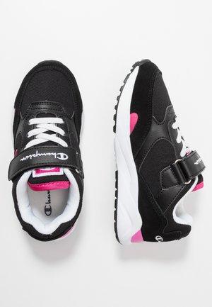 LEGACY PLUS LOW CUT SHOE TORRANCE - Sportovní boty - new black