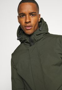 Jack & Jones - JJHUSH - Parka - forest night - 3