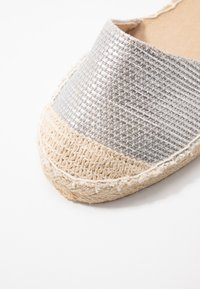 New Look - MOON - Espadrilles - silver - 2