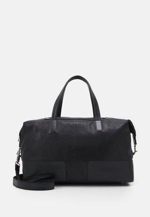 ANALYST STAYOVER - Weekend bag - black