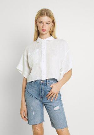 WELLIE LINEN SHIRT - Button-down blouse - white