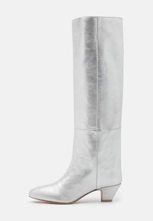 HIPPIE BOOT - Boots - silver
