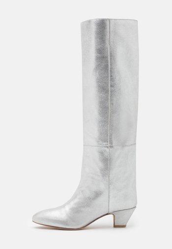 HIPPIE BOOT - Laarzen - silver