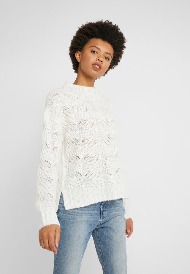 POINTELLE CABLE PULLOVER - Jersey de punto - ivory