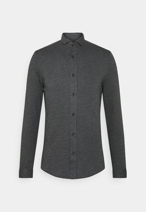 SOLO - Overhemd - grau