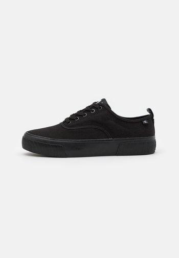 SKATE OXFORD - Sneakers - full black