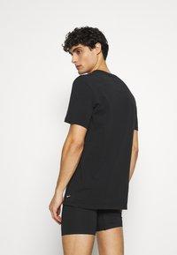 Nike Underwear - CREW NECK 2 PACK - Aluspaita - black - 2