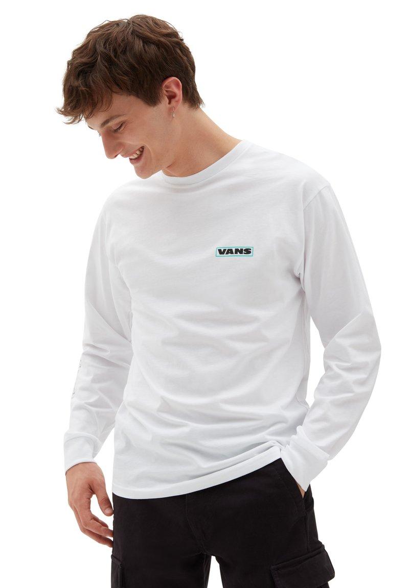Vans - MN BLOOMING LS - Long sleeved top - white