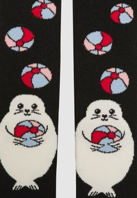 WAUW CAPOW by Bangbang Copenhagen - PLAYFUL BABY - Leggings - Stockings - black - 2