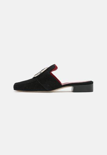 PETROL  - Pantofle - black