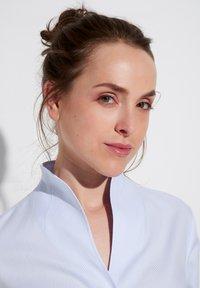 Eterna - MODERN CLASSIC REGULAR FIT - Button-down blouse - hellblau - 2