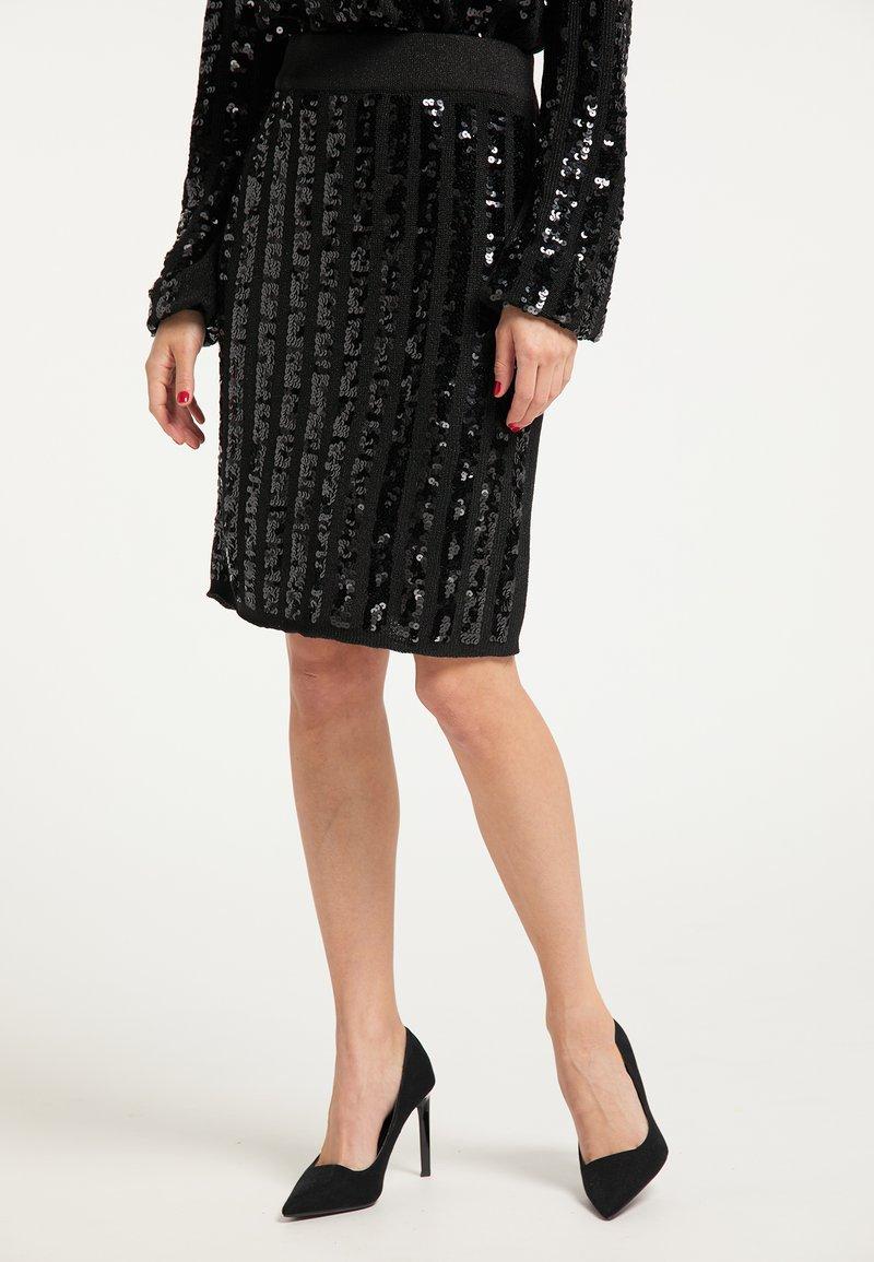 faina - Pencil skirt - schwarz