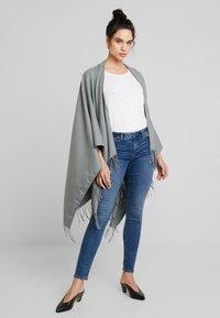Esprit - Slim fit jeans - blue medium wash - 1