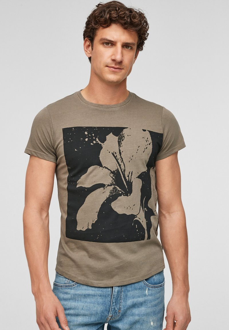 Q/S designed by - Print T-shirt - brown placed print