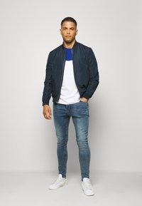 Brave Soul - MADISONCHARC - Jeans Tapered Fit - light blue - 1