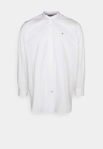 STRETCH POPLIN SHIRT - Shirt - white