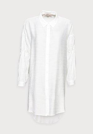 VEMILDA LONG SHIRT - Button-down blouse - snow white